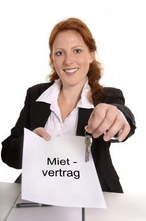 mietvertrag-im-mietrecht-23008225_s
