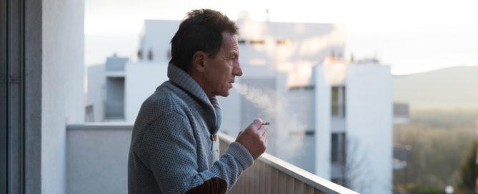 Rauchen auf Balkon eines Mehrfamilienhauses - Unterlassungsanspruch