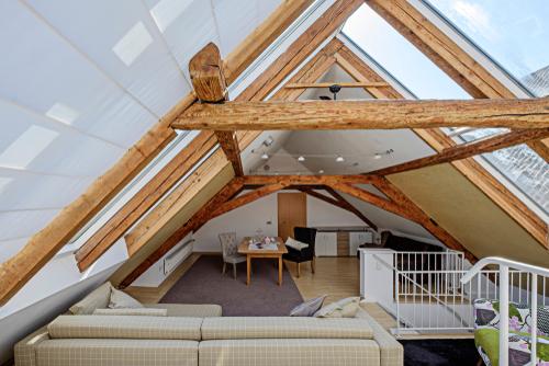 Zustimmung aller Wohnungseigentümer für einen bestimmten Dachbodenausbau