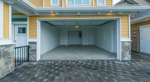 Mietverträge über Wohnraum und Garagenstellplatz als rechtliche Einheit