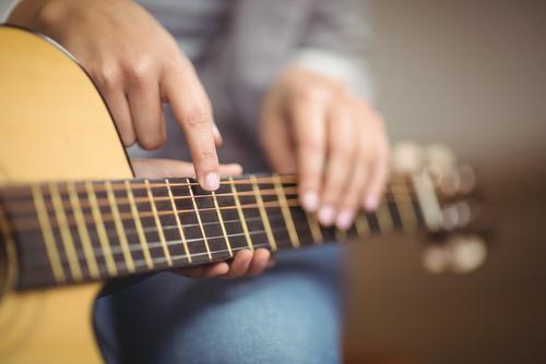 Fristlose Mietvertragskündigung wegen gewerbsmäßigen Gitarrenunterrichts in der Wohnung
