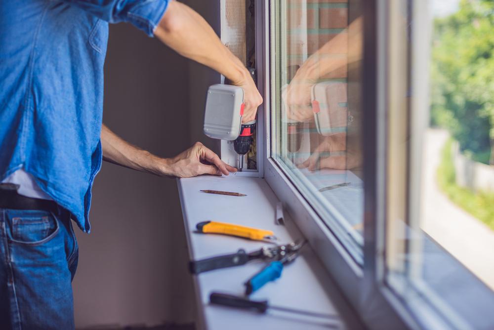 Mietminderung: Verklebung von Fenstern bei Sanierungsmaßnahme